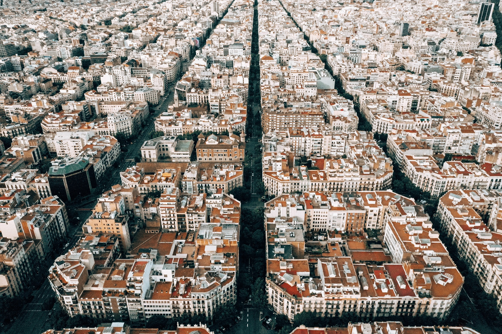 Barcelona forces companies to rent our their empty apartments in Barcelona as affordable housing policy