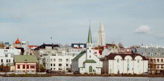 Reykjavik in Island - Photo: Evelyn Paris, unsplash.com
